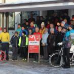 Lenz Rennt 2017 Gruppenphoto vor dem Rathaus Vaterstetten